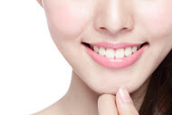 We provide high quality dental veneers here in Macquarie Park at an affordable rate.